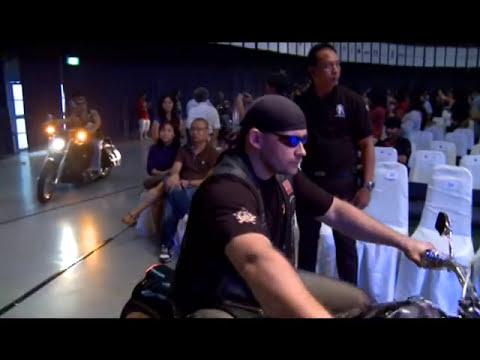 Zaw Win Htut: ေဇာ္၀င္းထြဋ္ − မႏၲေလး (Full HD)