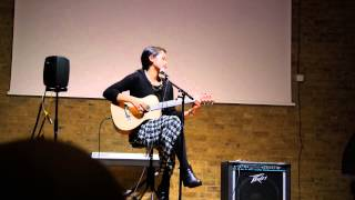 Maudy Ayunda Oxford 25 Oktober 2014 GCN