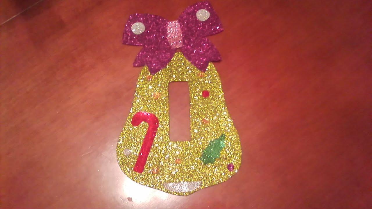 Campana de navidad para puerta adorno manualidad for Figuras navidenas para decorar