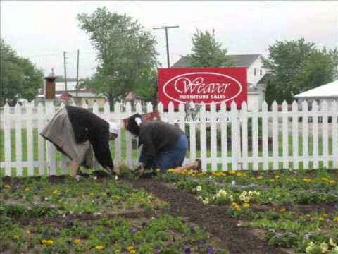 Weaver Amish Furniture Sales: The Making Of A Quilt Garden