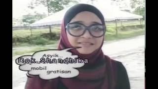 Kuala Lumpur: Wisuda Chikita Fawzi dari MMU, Malaysia (Marissa Haque Ikang Fawzi)