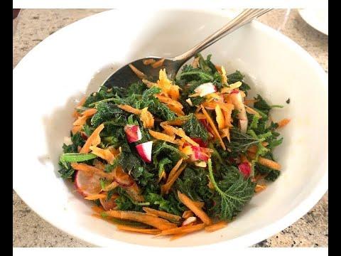 Салат из КРАПИВЫ Вкуснейший соус Крапивный салат Как приготовить КРАПИВУ Рецепт Что делать крапивой