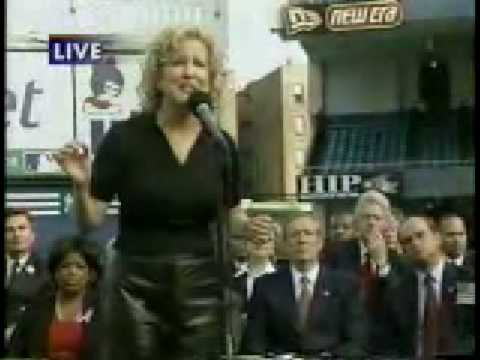 Bette Midler - Wind Beneath My Wings - Yankee Stadium 2001 Mp3