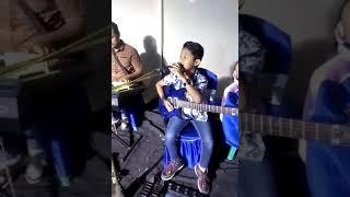Viralkan !!!!!! anak kecil nyanyi dangdut & bermain melody ( cover terhanyut dalam kemesraan )