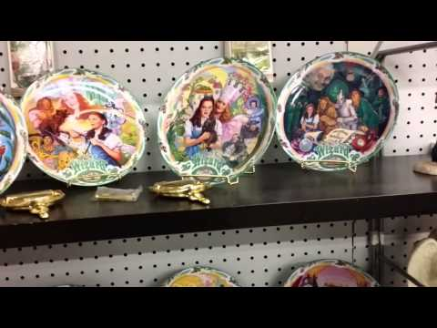 Wizard of oz plate set