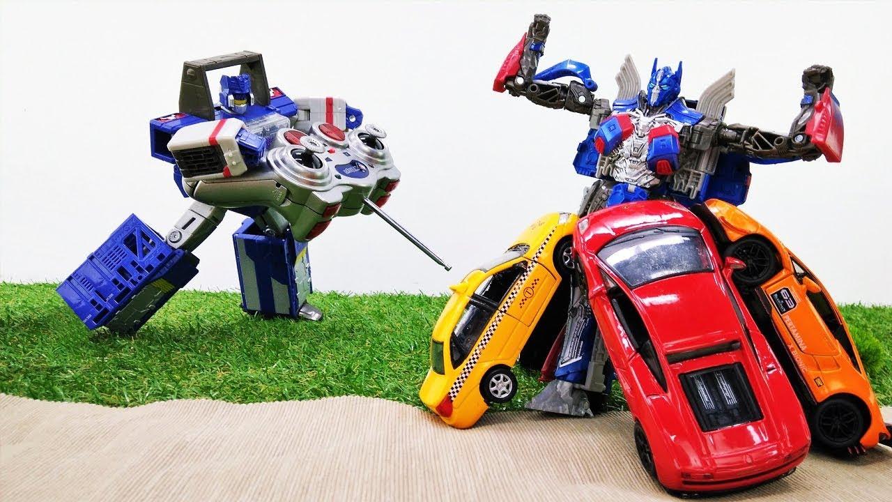 Игры с Трансформерами - Автоботы ищут машинки! - Видео для ...