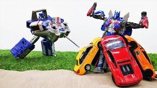 Игры с Трансформерами - Автоботы ищут машинки! - Видео для мальчиков