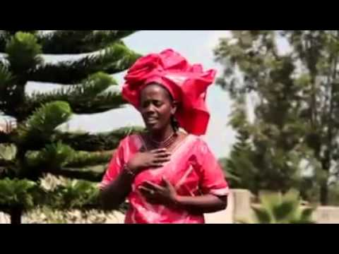 Nkwiye kujyayo by Ada