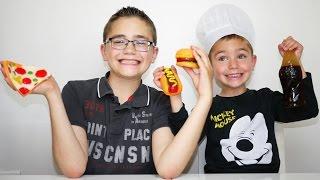 BONBONS GÉANTS XXL HAMBURGER, HOTDOG, PIZZA & COCA -    Bonbons Géants XXL Fast-Food thumbnail