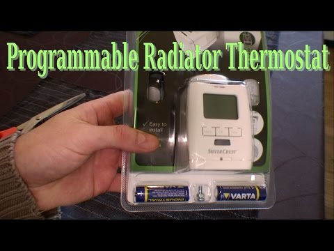 Unboxing of Programmable Radiator Thermostat - 082