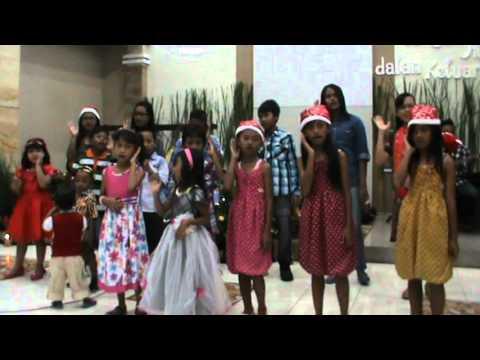 Natal 2014-Persembahan Pujian Sekolah Minggu