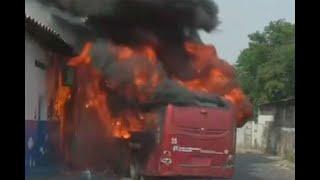 Encapuchados incendian bus en enfrentamientos con Guardia Nacional en Ureña | Noticias Caracol