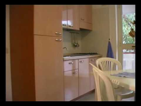 Camping Village Terrazza sul mare Vieste bungalows - YouTube