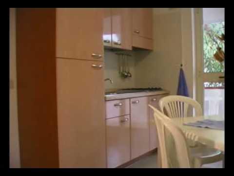 Camping Village Terrazza sul mare Vieste bungalows - YouTube