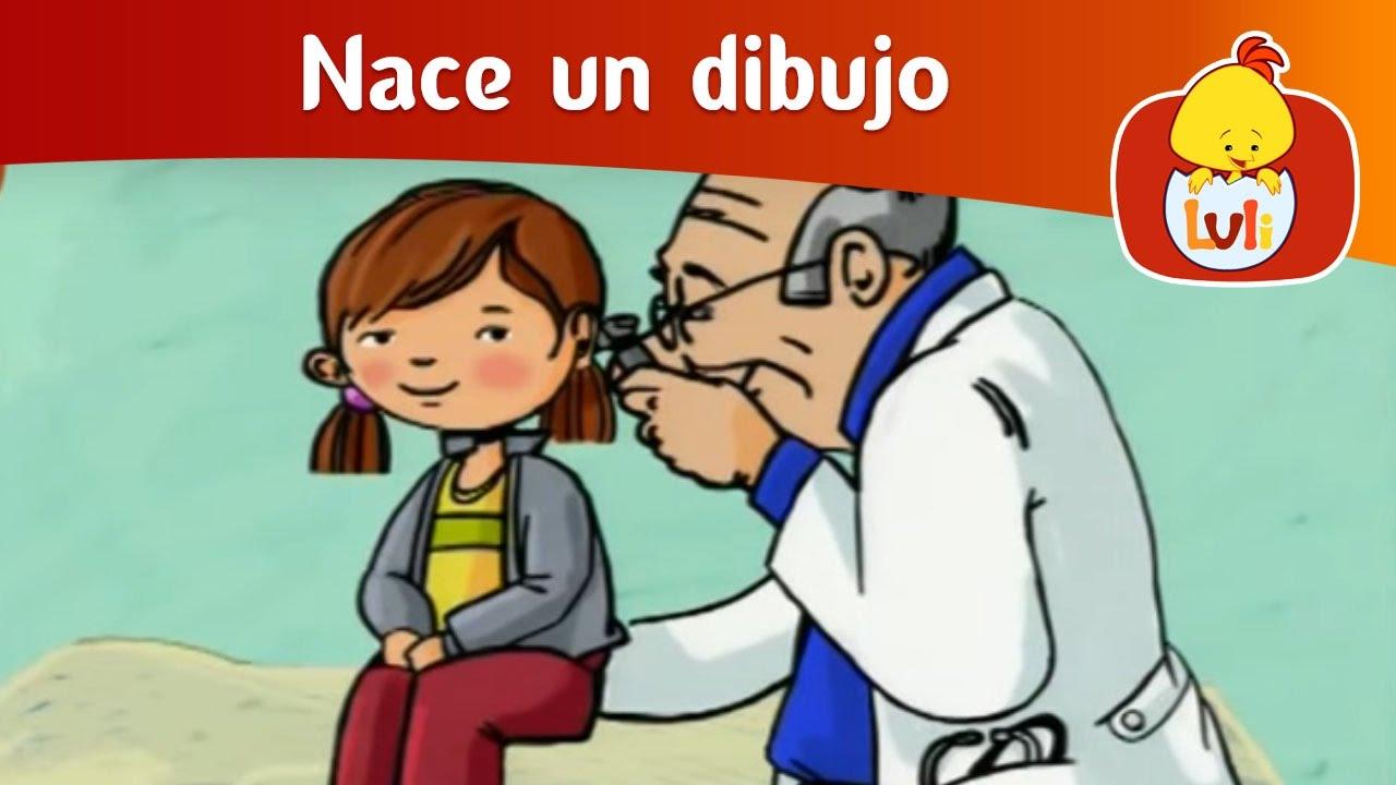 Doctora haciendo examen - 4 7