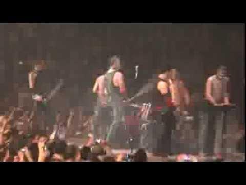 Rammstein :: Bück Dich Sub. Español :: Live Montreal 2012 [HD]