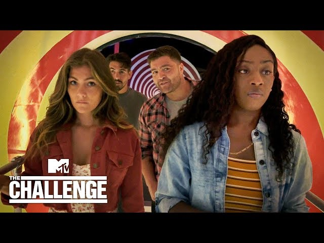 The Challenge Joins The Losers Club 🤡 It Chapter Two | MTV