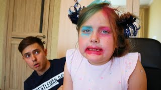 Stasy mess up pretend play with mom makeup