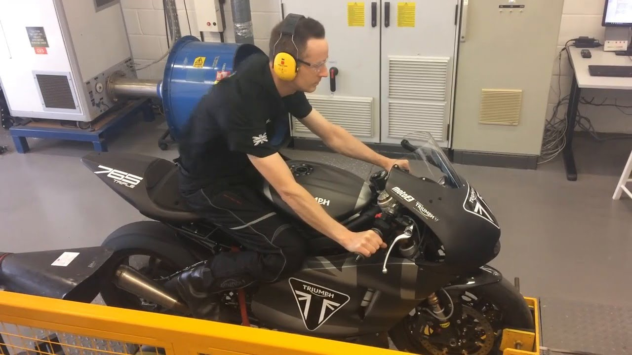 DYNO TESTED! Triumph Moto2 765 development bike