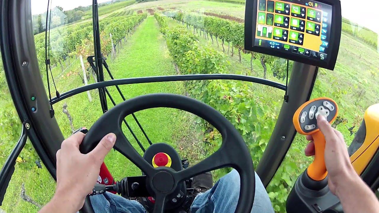 Self-propelled OPTIMUM - Pellenc | Specialized agriculture