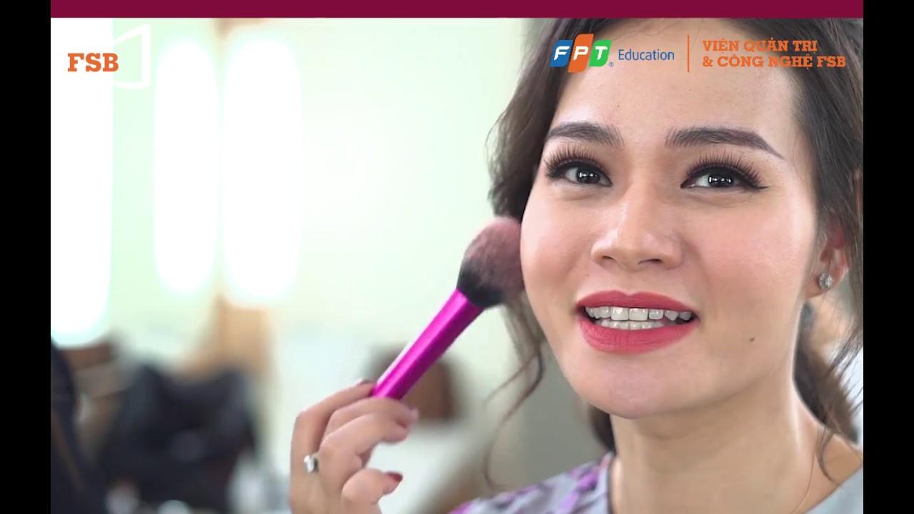 Một Ngày Làm Việc Của BTV, MC Thu Hương