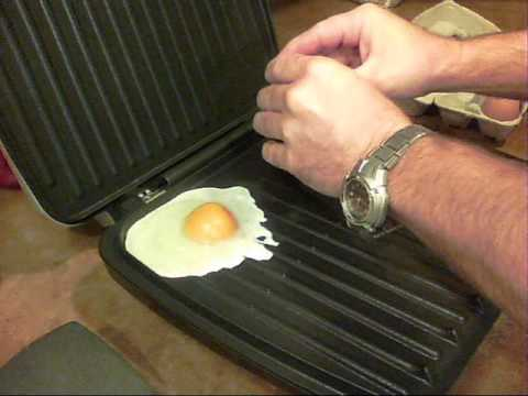 """How to """"Fry"""" Eggs on the George Foreman Grill."""