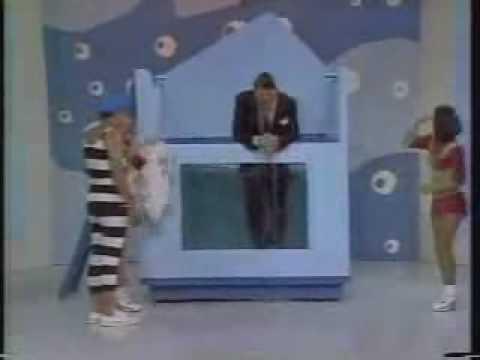 Silvio Santos cai no tanque !