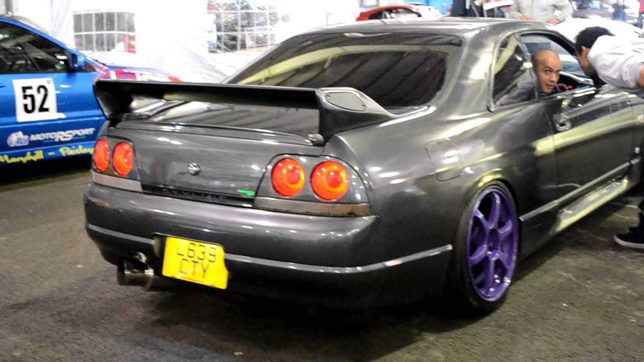 Nissan Skyline r32 Bee r limiter test - YouTube