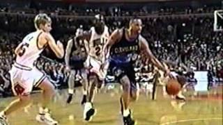 Chris Mills Dunks Past Dennis Rodman