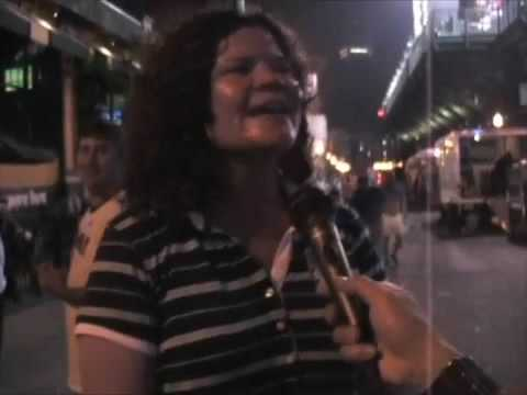 Police Fans Sing Roxanne