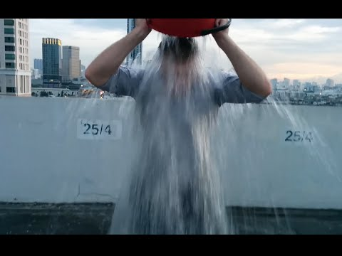 """Ice Bucket Challenge"" ของอาจารย์อดัม"