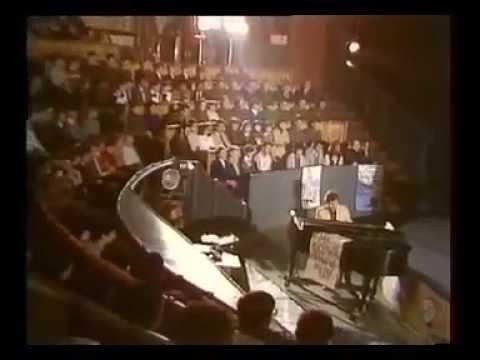 Александр Морозов и группа Форум Вместе с молодыми фильм концерт 1985 год