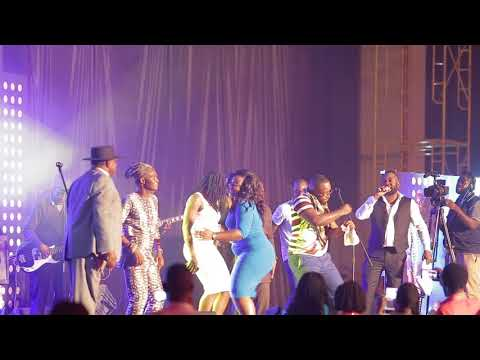Ghana Girls Dance to  Sukus Music on Stage of Africa Legends Night 2017
