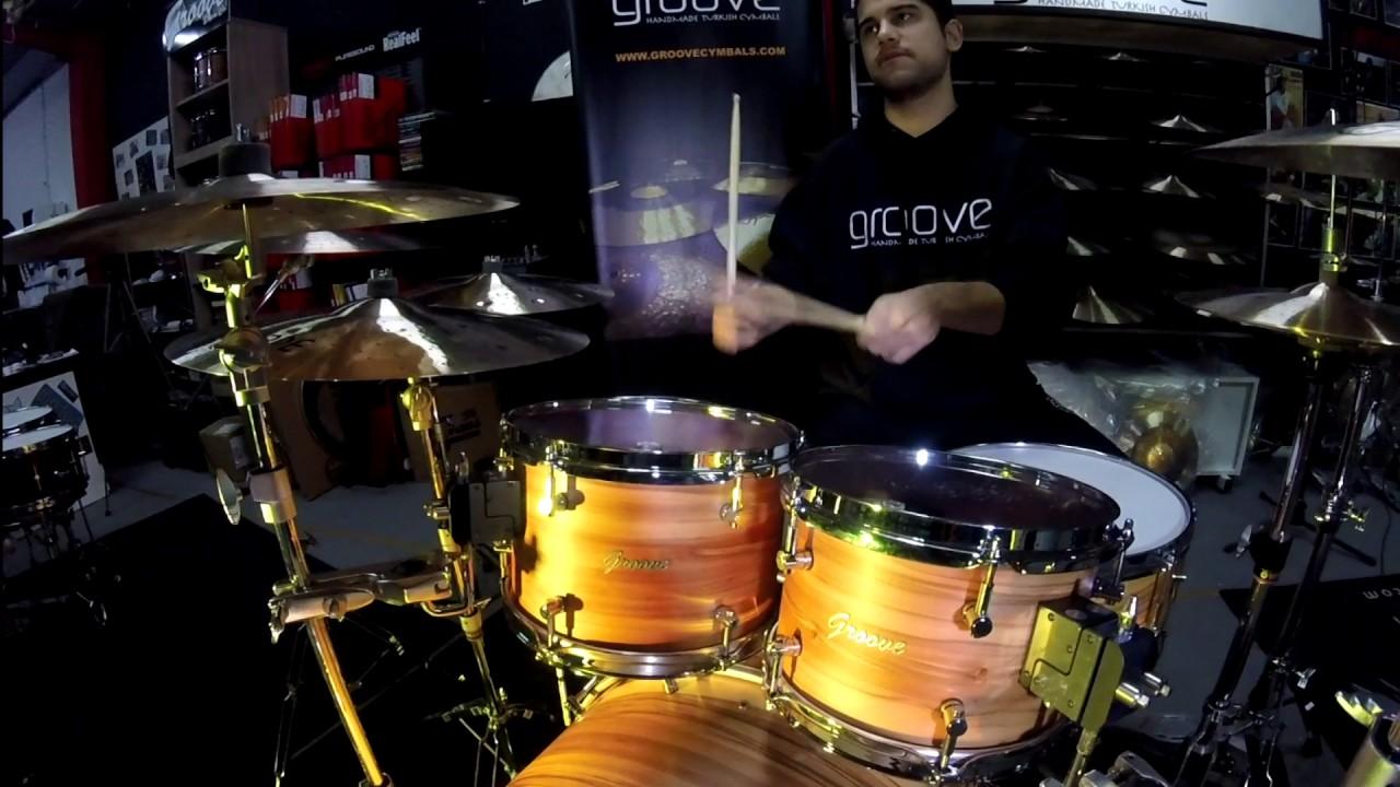 bateria groove drum co bubinga red gum drums youtube. Black Bedroom Furniture Sets. Home Design Ideas