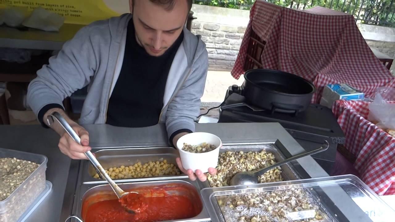 Delicious Naturally Healthy Egyptian Street Food By Koshari St Borough Market London Youtube
