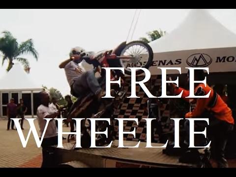Malaysian Mat Rempit 'Free Wheelie' School