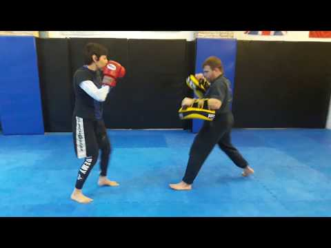 The academy Barcelona: Thai boxing 15 count