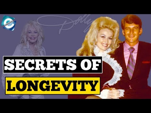 Strange Facts about Dolly Parton & Carl Dean's Relationship