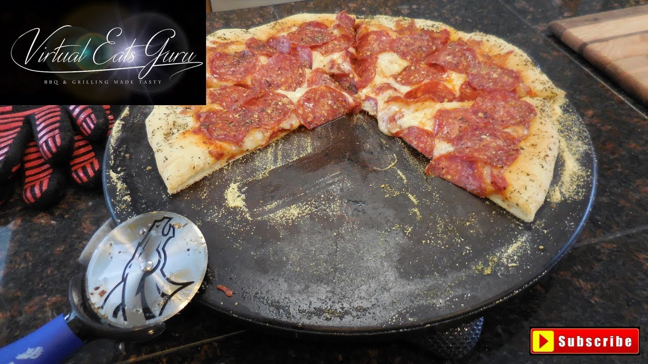 New York Style Pizza Traeger Grill Recipe Youtube