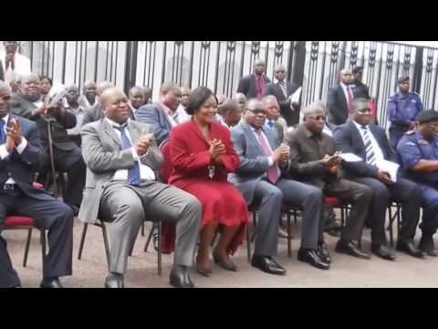 l'escroquerie des Gouverneurs de L'Hôtel de Ville de Kinshasa.