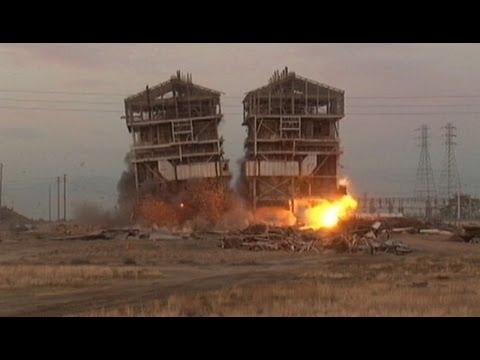 California Power Plant Implosion Video: Demolition Spectators Injured by Flying Shrapnel