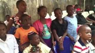 Igbo Jews in Nigeria sing