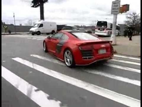 Audi R8 V 12 TDI Concept   CAR and DRIVER