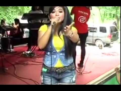 Opo Gunane Savana Live Dangdut ReggaeTerbaru 2015