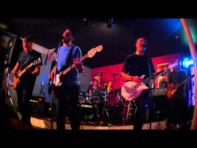 Low - Stunt Cycle at the Guitar Shack - Aug 9 2014