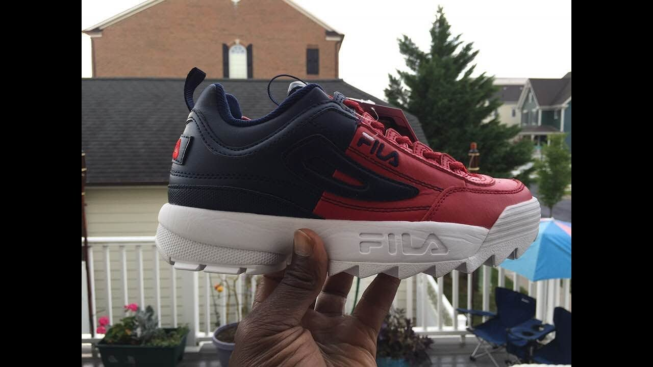 Quick Look At The Fila Disruptor Ii Premium Split Red Navy Youtube Sepatu All White