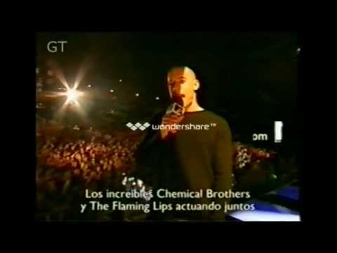 """The Chemical Brothers - The Golden Path - Live """"featuring The Flaming Lips""""(EMA 2003)"""