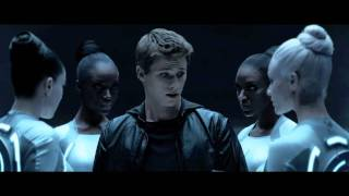 Repeat youtube video TRON: LEGACY - Daft Punk 'Derezzed'