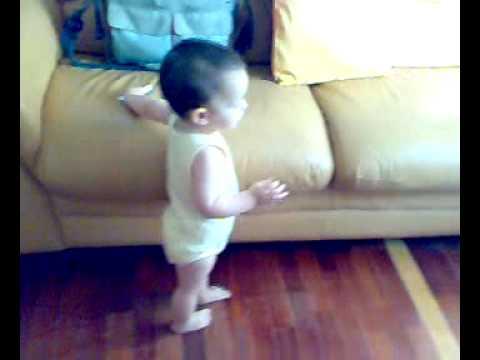 Gabriele cammina