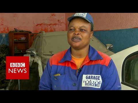 Fixing cars and stereotypes in Senegal - BBC News